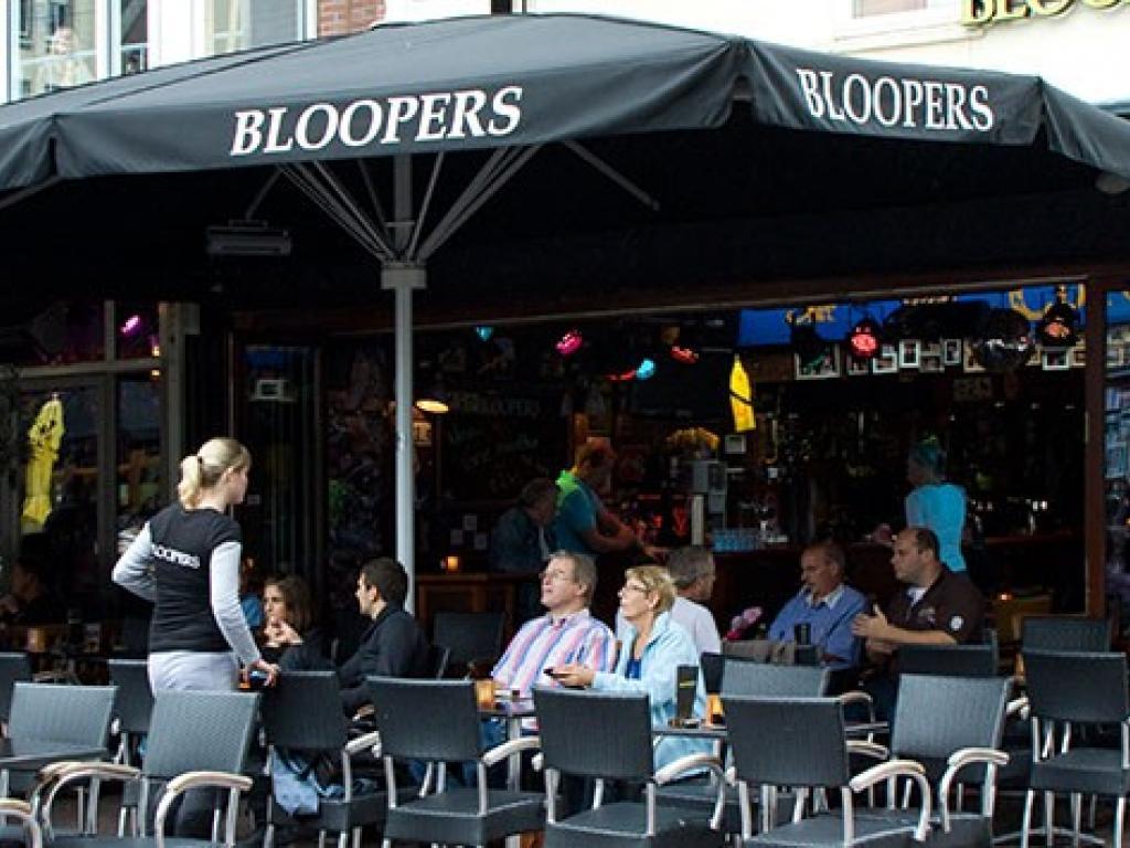 Bloopers terras